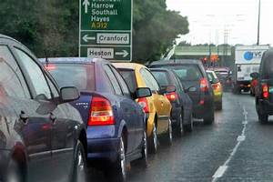 Traffic jams costing the UK over £37 billion a year | Auto ...