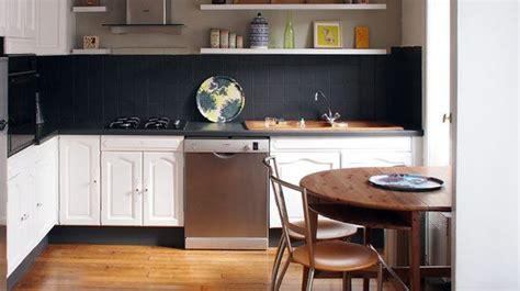 repeindre un carrelage de cuisine repeindre du carrelage mural et au sol comment faire