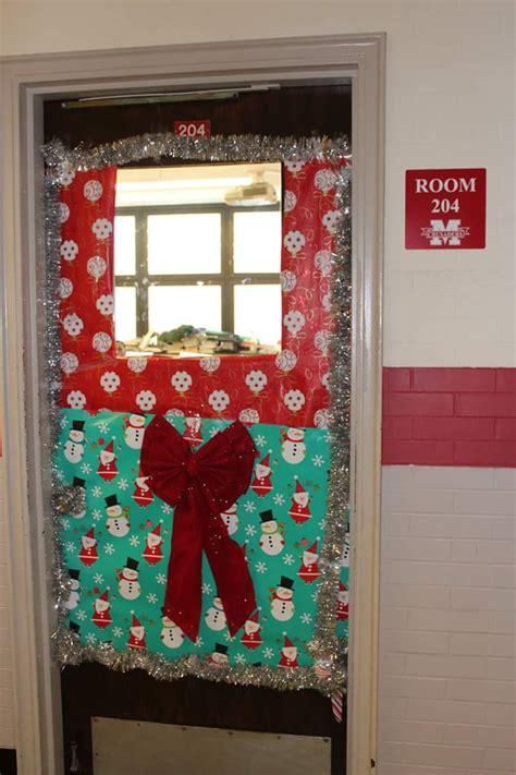 christmas doors in schools 50 innovative classroom door decoration ideas for school contest