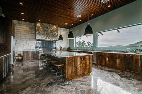 san antonios  luxurious kitchens  high