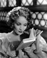 "Marlene Dietrich dans le film ""The Song of Songs"" (1933 ..."