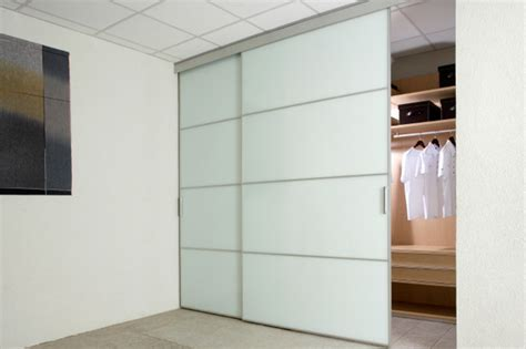How To Hang A Closet Door
