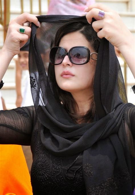 High Quality Bollywood Celebrity Pictures Zarine Khan