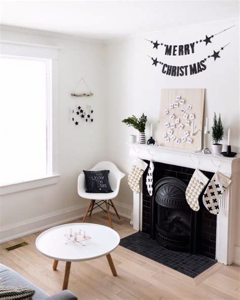 stay warm  cozy   ideas  christmas decor