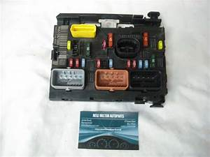 A Genuine Peugeot 307 1 6 Hdi Engine Bay Fuse Box Control