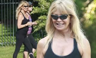 goldie hawn  shows   trim figure