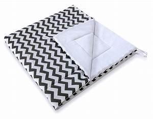 Tapis De Sol Pour Tipi : tapis matelass zigzag noir pour tipi teepee ~ Teatrodelosmanantiales.com Idées de Décoration