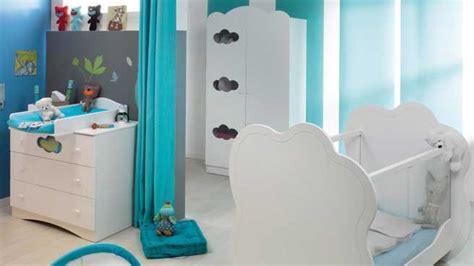 chambre bébé baby ambiance contemporaine pour la chambre de bébé turquoise