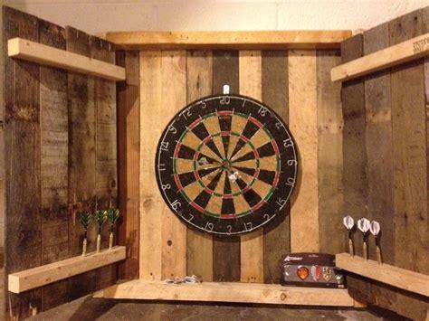 upcycled dartboard  irish pub dartscheibe partyraum