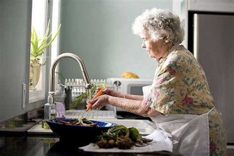 strategies needed  prevent malnutrition  older people