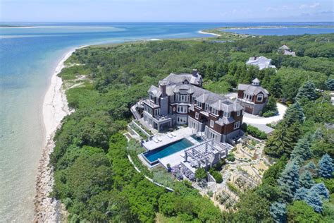 Massachusetts Waterfront Property In Cape Cod, Martha's