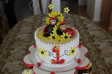 kaylynn cakes lady bugs