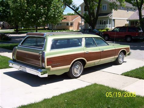 ford country squire information   momentcar