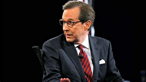 chris wallace bothered  fox news colleagues  bash media