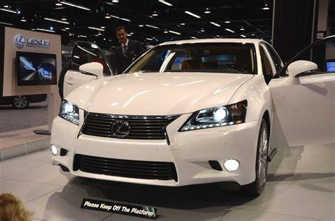 white lexus white lexus gs photos show off new interior detail lexus
