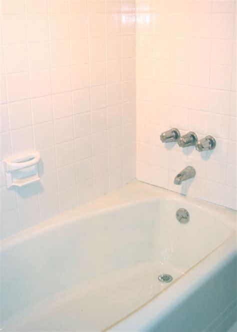 bathroom epoxy refinishing kit  paint