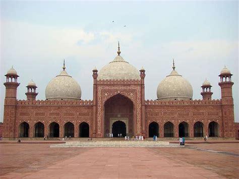 badshahi mosque lahore pakistan   beautiful