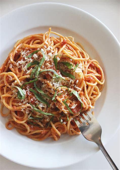 spaghetti  greek yogurt tomato sauce high protein