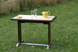 Table Bistrot Ancienne : table bistrot ancienne ann es 1950 60 bois formica jaune luckyfind ~ Melissatoandfro.com Idées de Décoration