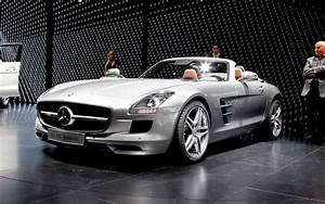 Mercedes Sls Amg : 2012 mercedes benz sls amg roadster first look motor trend ~ Melissatoandfro.com Idées de Décoration