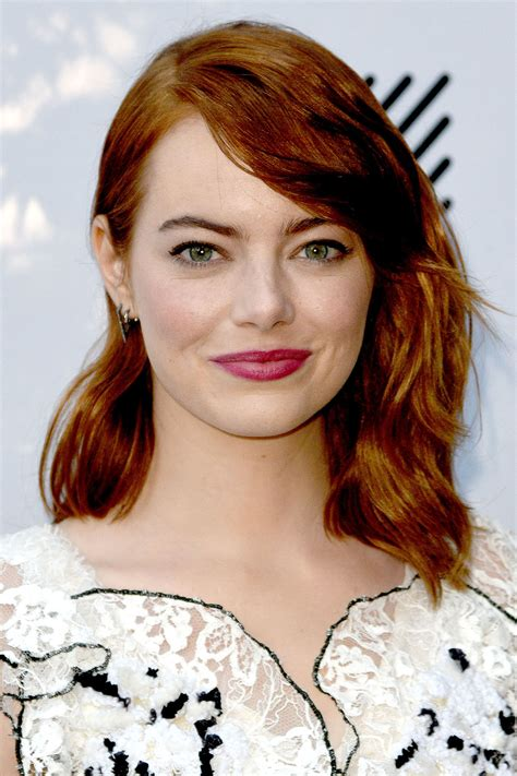25 Easy Medium Length Hairstyles and Haircuts for Women
