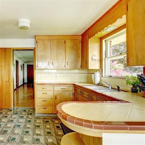 meuble cuisine avec ier int r cuisine avec les meubles de rangement rustiques photo
