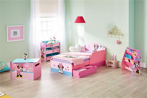 chambre de minnie chambre complète enfant minnie 70x140