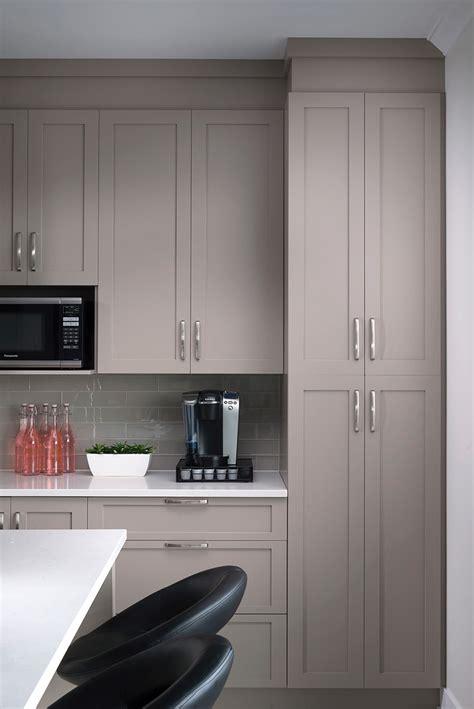 armoire de cuisine blanche armoire de cuisine blanche contemporaine laval montréal