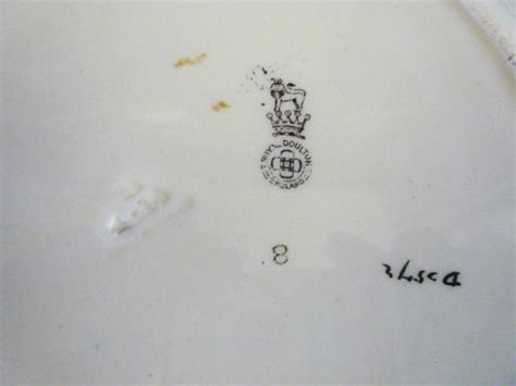 early royal doulton iznik style floral pattern  inlaid