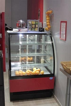 vitrine a dessert refrigere vitrines p 194 tissi 200 res armoires 192 desserts vitr 201 es r 201 frig 201 r 201 es positives en belgique pays