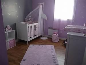 Décoration Chambre De Bébé : idee deco chambre bebe ~ Teatrodelosmanantiales.com Idées de Décoration