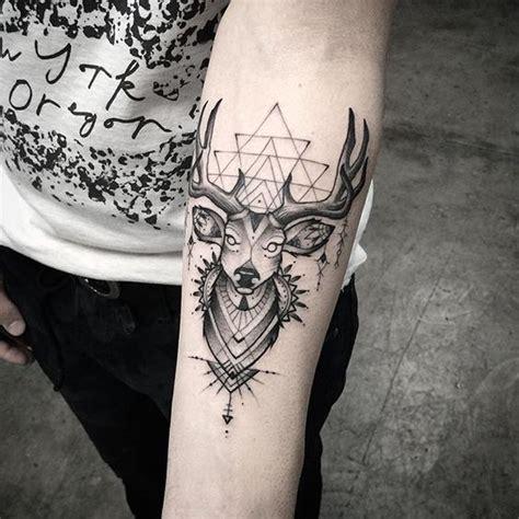 besten tatuaze bilder auf pinterest reh tiertattoos