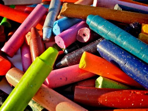 monday morning pick   broken crayons  color