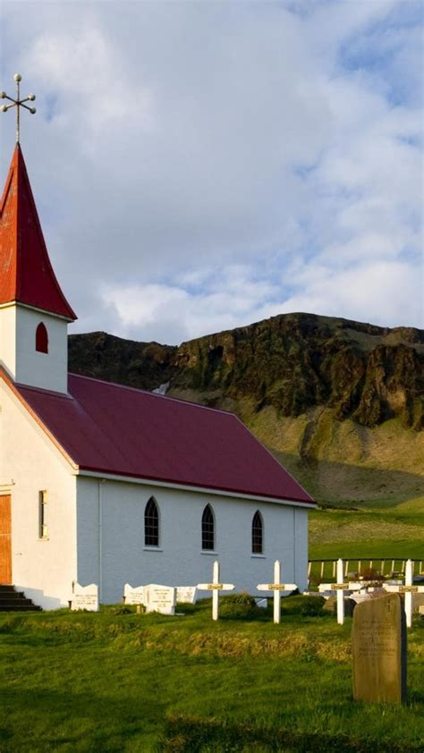 Iceland churches wallpaper   (50559)