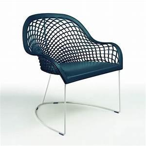 petit fauteuil en cuir bleu design midj sur cdc design With petit fauteuil cuir design