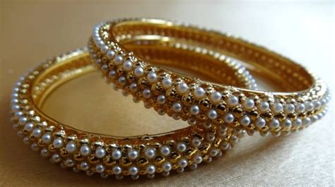 Gifts of the Sultan: Pair of Bracelets Story