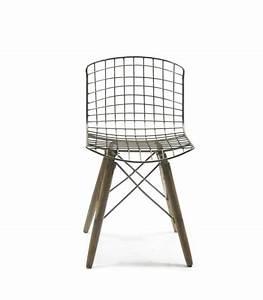 Chaise Bois Design : chaise design fil de fer et pieds en bois ~ Teatrodelosmanantiales.com Idées de Décoration
