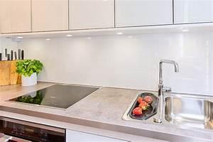 Weiße Hochglanz Küche Reinigen : kueche renovieren ~ Markanthonyermac.com Haus und Dekorationen