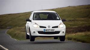 Clio 2008 : renault clio cup 2008 review by car magazine ~ Gottalentnigeria.com Avis de Voitures