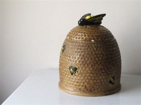 vintage bumble bee ceramic cookie jar  french country