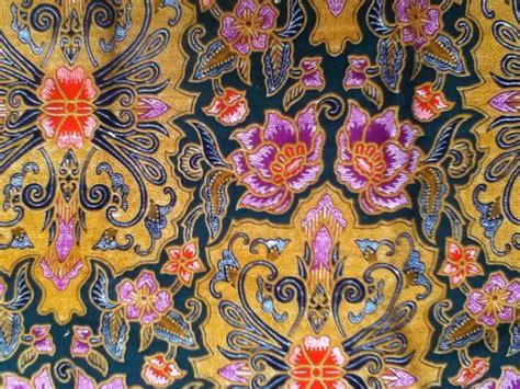 kain batik teman setia kelahiran anak