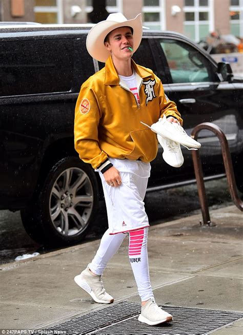 Justin Bieber Cowboy Outfit
