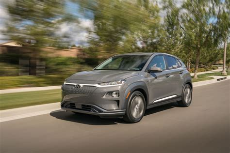 Maybe you would like to learn more about one of these? HYUNDAI Kona Electric specs & photos - 2018, 2019, 2020 ...