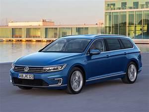 Volkswagen Passat Gte : driving report vw passat gte athletic economical middle class test car review english ~ Medecine-chirurgie-esthetiques.com Avis de Voitures