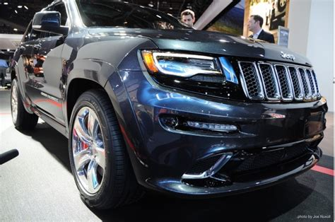 jeep grand cherokee srt  detroit auto show