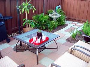 Small condo patio decorating ideas fres hoom for Small patio ideas condo