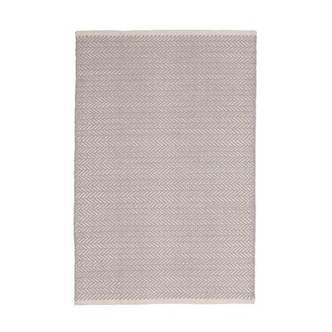 herringbone rug dove grey 61 x 91 cm designd uk