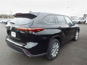 New 2020 Toyota Highlander Limited Sport Utility In