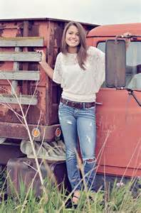 Senior Picture Ideas with Old Truck