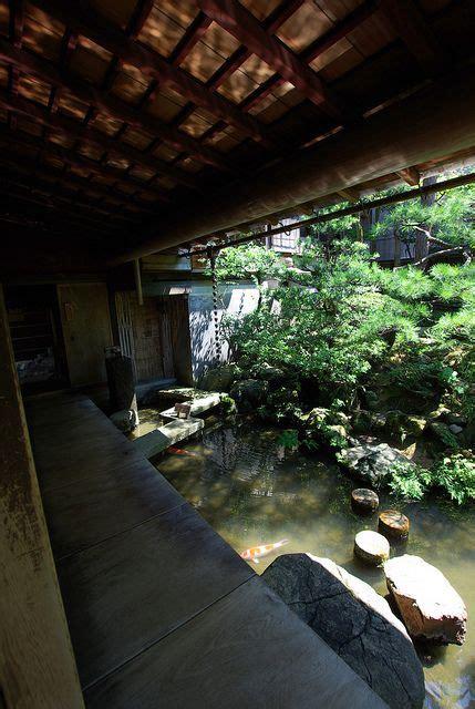 Moderne Japanische Häuser by Japanese House Altes Japanische Haus Mit Koys Im
